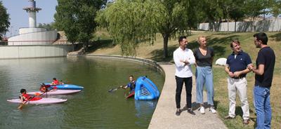 """Munideporte: """"Tres Cantos fomenta el piragüismo con los cursos deportivos de verano"""""""